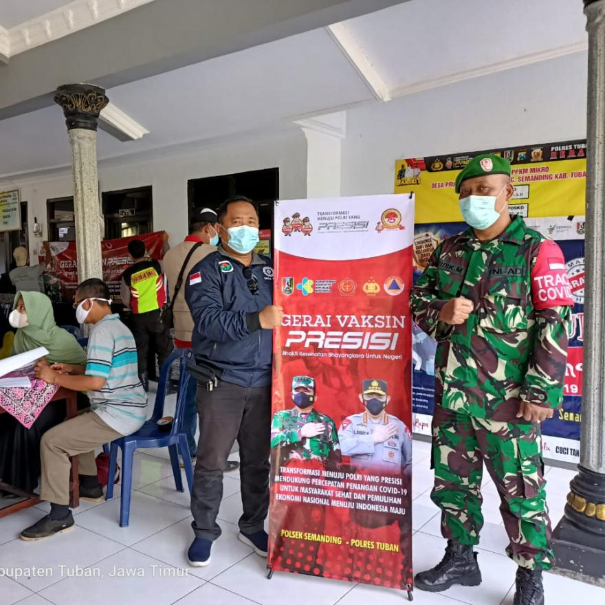 Pelaksanaan Vaksinasi di Desa Prunggahan Wetan